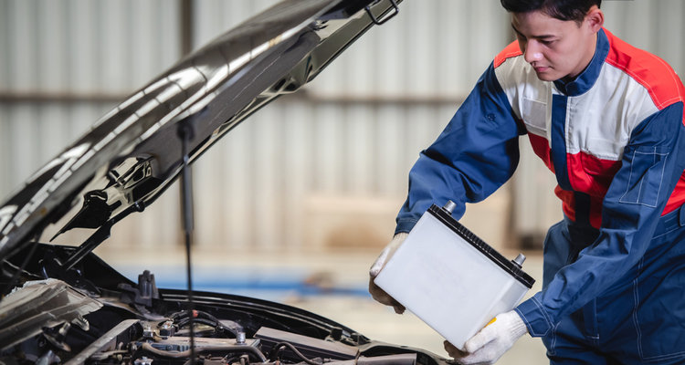 Top Tips to Maintain Your Car Battery in Summer